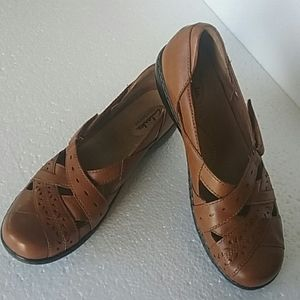 CLARKS BENDABLES BROWN LEATHER 9N MARY JANES